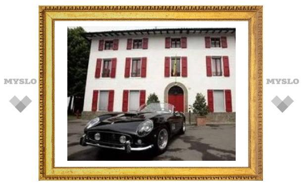 """""""Феррари"""" 1961 года продан на аукционе за рекордную сумму"""