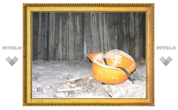 В Туле строитель упал в шахту лифта