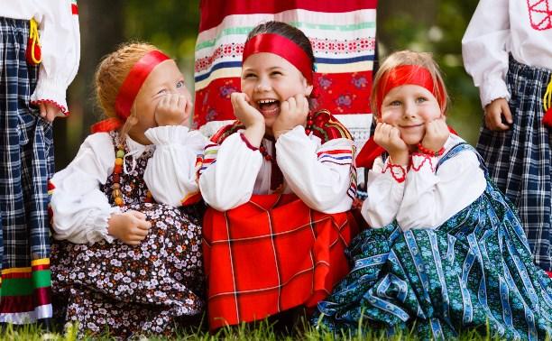 Белоусовский парк ждет туляков на праздник – День мёда