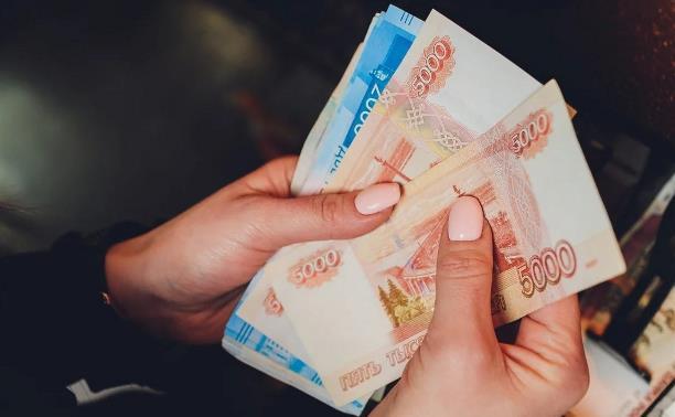 Госдума одобрила продление президентских детских выплат на август