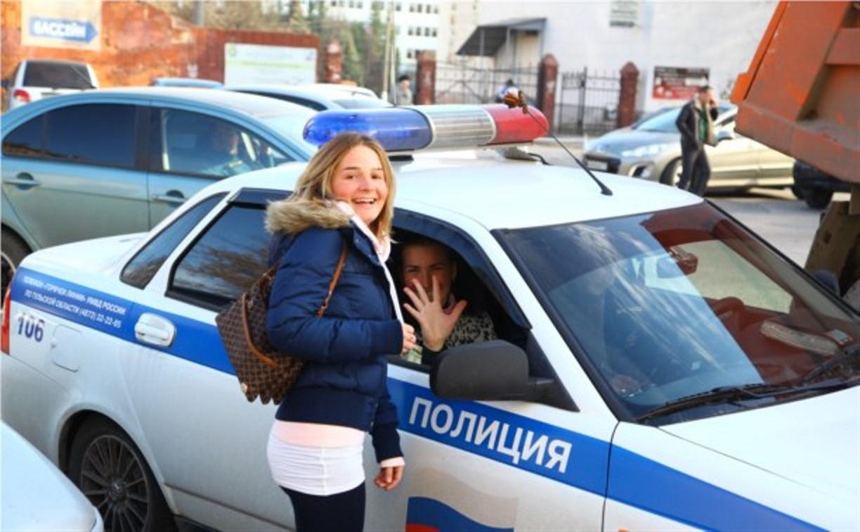 Тульские полицейские научили пешеходов правильно переходить дорогу