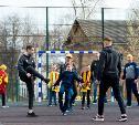 Игроки «Арсенала» сыграли в футбол с детьми из реабилитационного центра