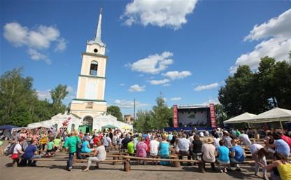Уездный городок Крапивну украсят цветами и крапивой!