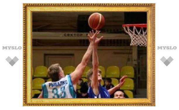 Тульские баскетболисты выиграли серебро ЦФО