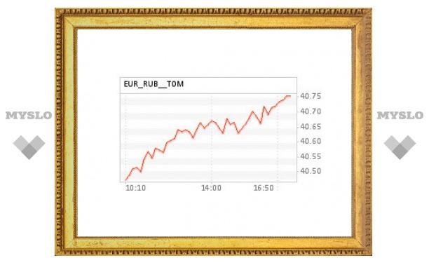Стоимость евро впервые с января 2010 года поднялась выше 1,45 доллара