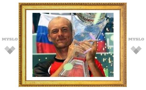 Давыденко разгромил Надаля в финале турнира в Майами