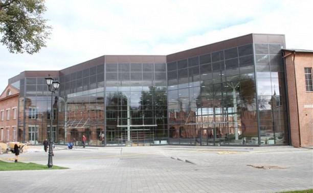 Выставочный комплекс в кремле достроят до конца 2015 года