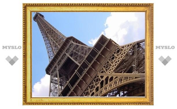 Рядом с Эйфелевой башней могут построить русский православный собор