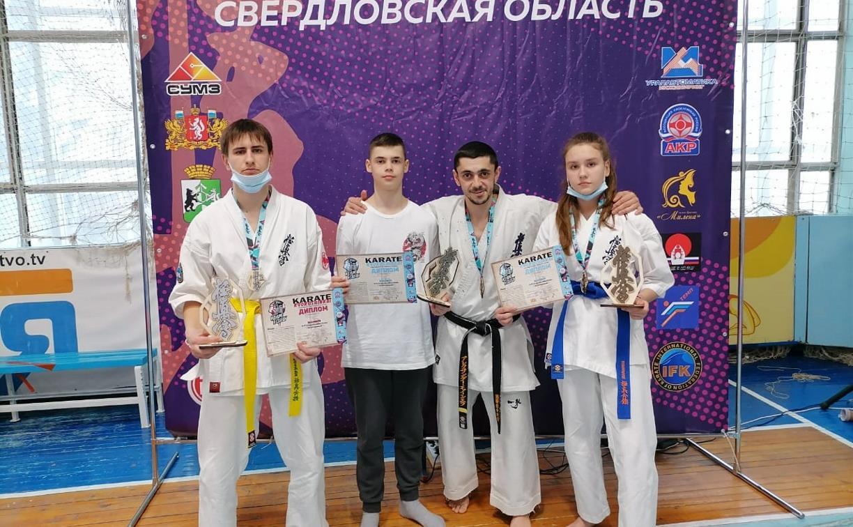 Алексинские каратисты выступили на открытом чемпионате Свердловской области