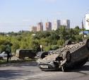 В Туле на Щекинском шоссе перевернулась Mazda 3