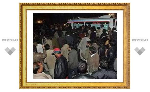 Гибель Бхутто вызвала беспорядки в Пакистане