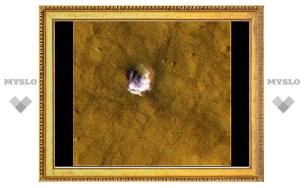 В марсианских кратерах нашли лед