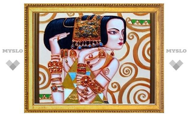 В Белеве открылась выставка картин из полудрагоценных камней