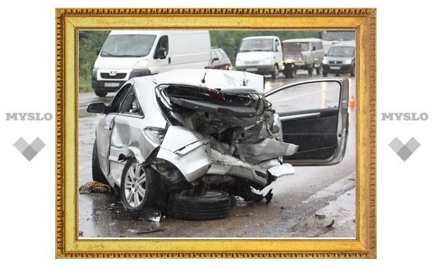 В столкновении трех авто погиб мужчина