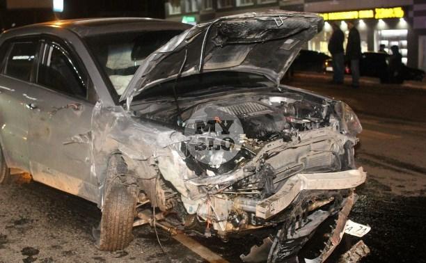 На Новомосковском шоссе в Туле столкнулись восемь машин: фоторепортаж