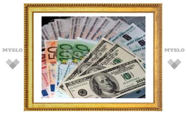 Банк России ослабляет рубль