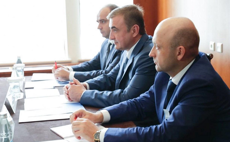 Алексей Дюмин встретился с президентом Американской торговой палаты в России
