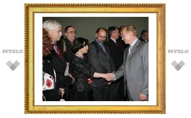 Самочувствие России во многом зависит от межконфессионального мира, убежден Путин