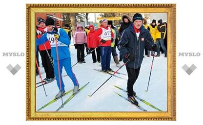 В Туле стартовал лыжный забег «Хомяковская лыжня»