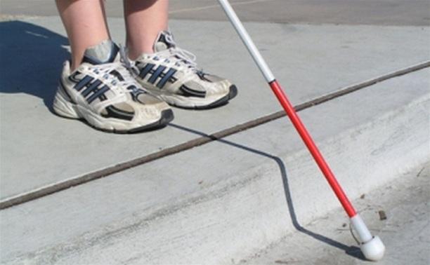 В Туле установили первую остановку для слабовидящих