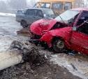 В Щекино водитель «Дэу» снес фонарный столб