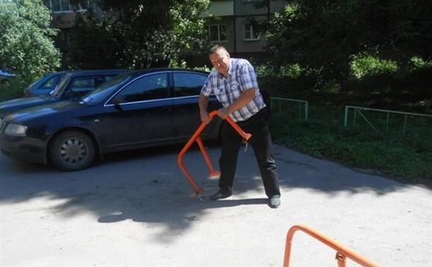 Администрация Пролетарского района Тулы объявила войну самовольным парковкам во дворах