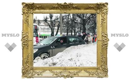 Тула в снегу: А убирать некому?