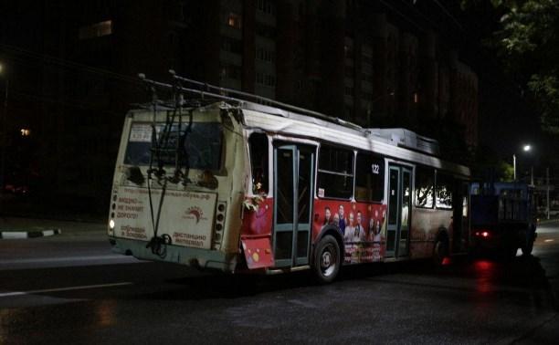 Скончался водитель троллейбуса, врезавшегося в жилой дом в Туле