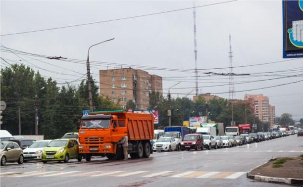 Из-за аварии на Зеленстрое скопилась огромная пробка