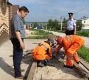 Незаконные врезки в водопровод и канализацию под Тулой: местный житель устроил на участке водоем