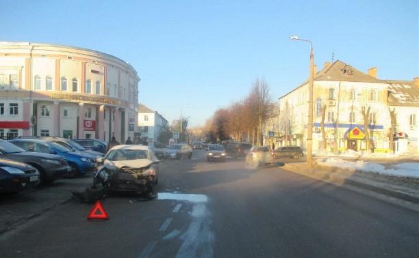 В Новомосковске произошло тройное ДТП