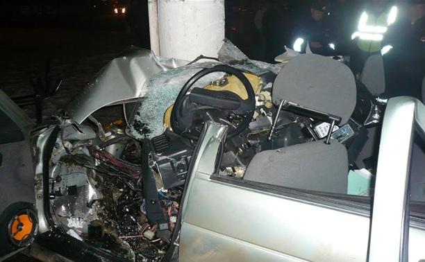 Ночью в Туле в страшном ДТП погиб 22-летний парень