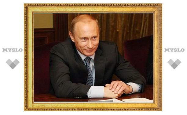 Путин побывал на тренировке сборной России по хоккею