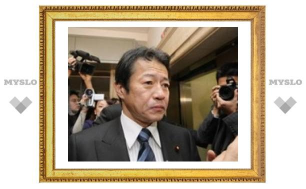 Японский министр увольняется после обвинения в пьянстве