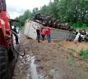 В Тульской области столкнулись грузовой «Мерседес» и ВАЗ-2114