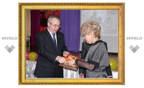 На образование в Туле потратят 2,5 миллиарда рублей