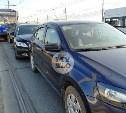 На Зареченском мосту в Туле трамвай «собрал» три иномарки