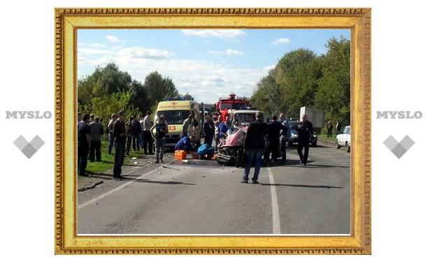 В аварии под Узловой пострадали 4 человека