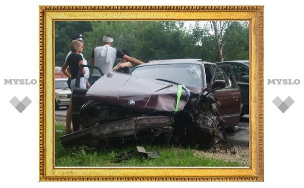 В ДТП у Менделеевского виноват автомобиль свадебного кортежа