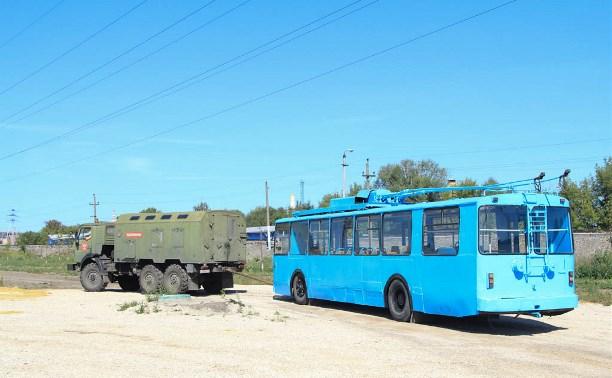Восстановление повреждённого вандалами троллейбуса на набережной Упы обойдётся в 30 000 рублей