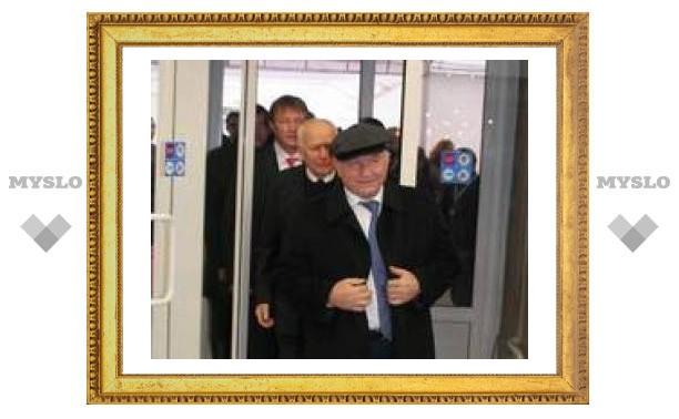 Зачем в Тулу приехал Лужков (фото)