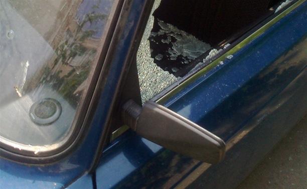 В Киреевске двое злоумышленников пытались угнать «Оку»