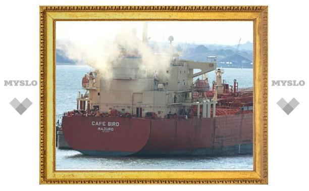 Нигерийские пираты захватили танкер с россиянами