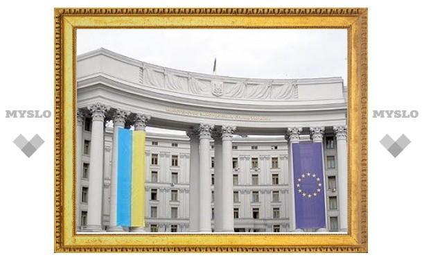 Украина сняла вступление в НАТО с повестки дня
