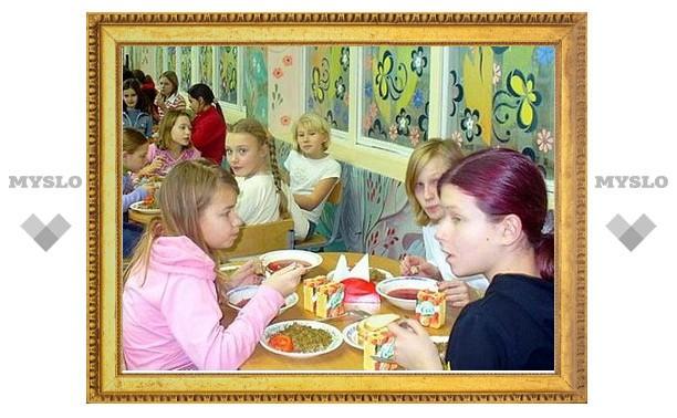 Под Тулой поставщики неправильно хранили продукты для детских лагерей