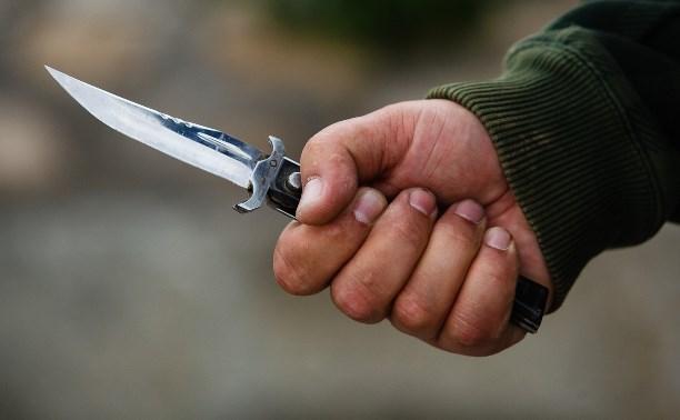 В Туле неизвестный зарезал местного жителя и серьёзно ранил его приятеля