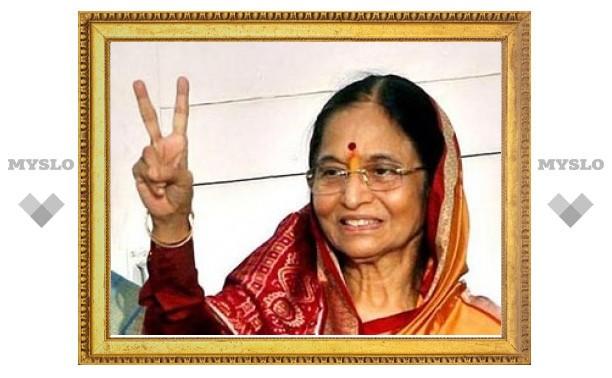 Индийский президент-женщина полетала на российском боевом самолете