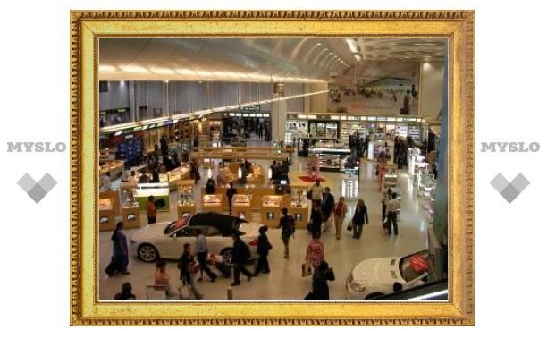 Сотня россиян застряла в катарском аэропорту