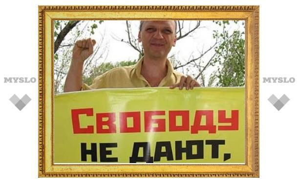 Глава новороссийского УВД подал в суд на соратника Дымовского