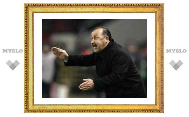 Газзаев обвинил Хиддинка в неудаче ЦСКА